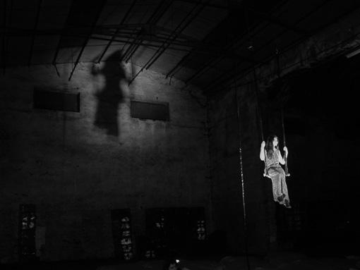 2001 peça PSYCHOSIS na Confiança 12 [direitos Ana Bettencourt].jpg